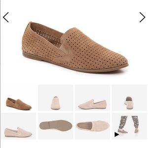 Leather Lucky Brand Cathy loafer in taupe